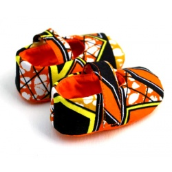 african_print_baby_shoe_4_side_straight